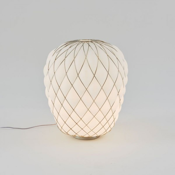 Pinecone table lamp - Image 1