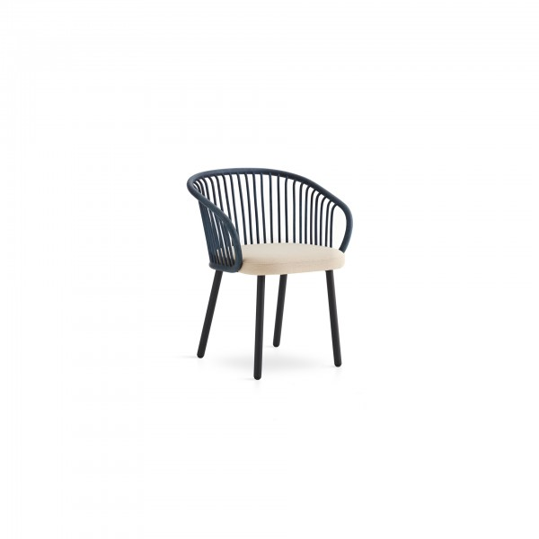 Huma dining armchair with metal legs - Lifestyle
