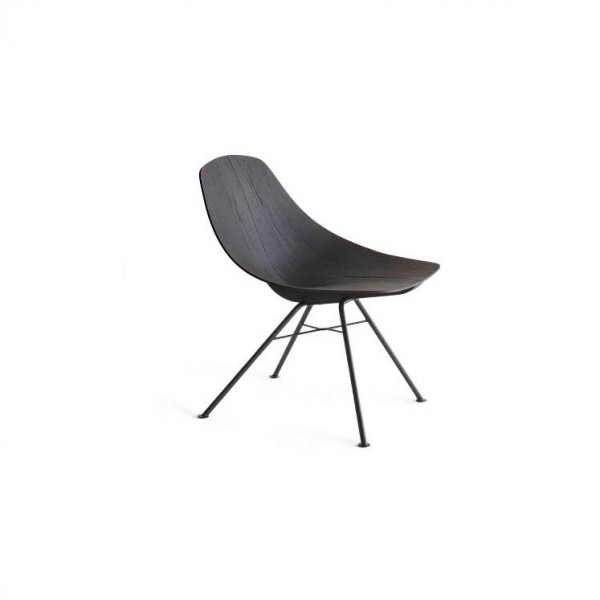 Wing Lounge Chair - Lifestyle