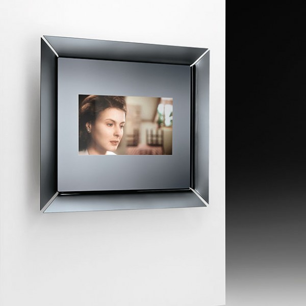 Caadre TV mirror - Image 1