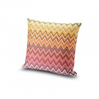 Yanai Cushion