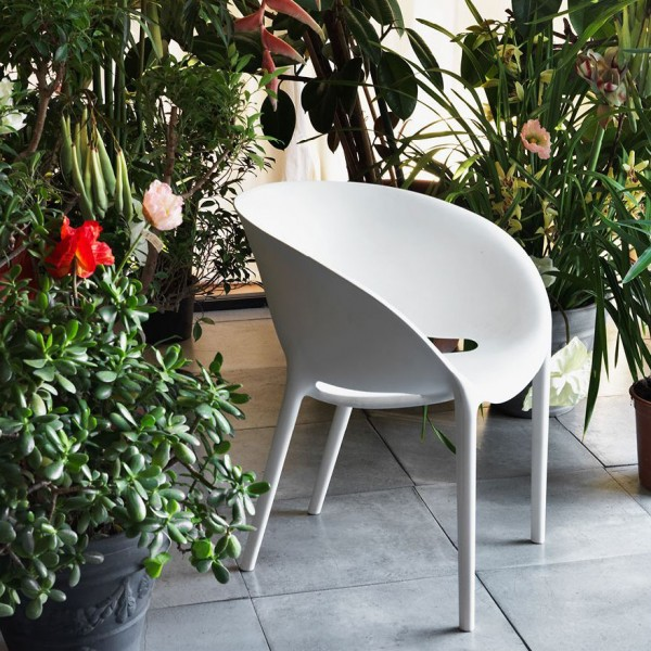 Soft Egg outdoor chair - Image 1