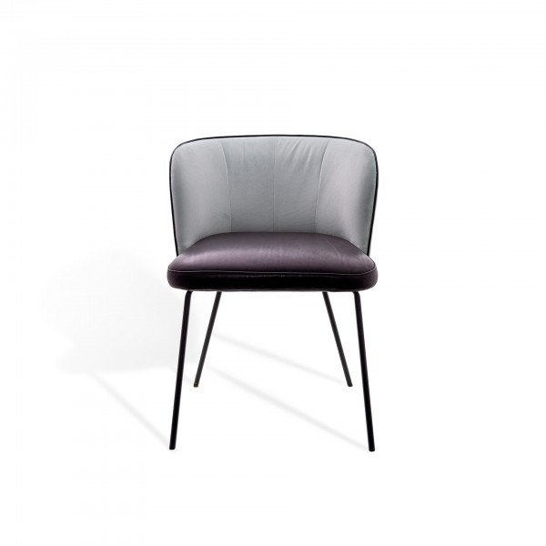Gaia Line Chair - Lifestyle