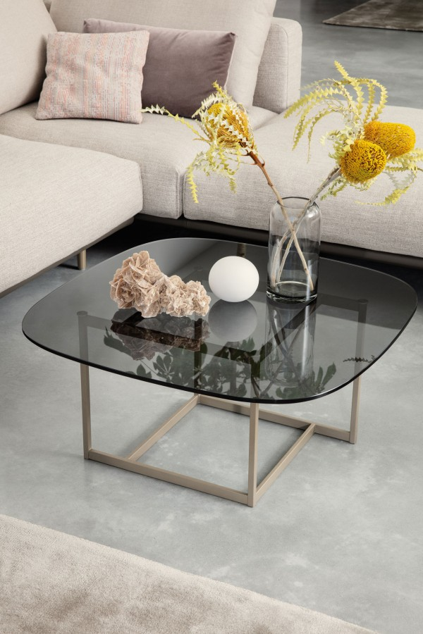 RB 932 coffee table  - Image 2