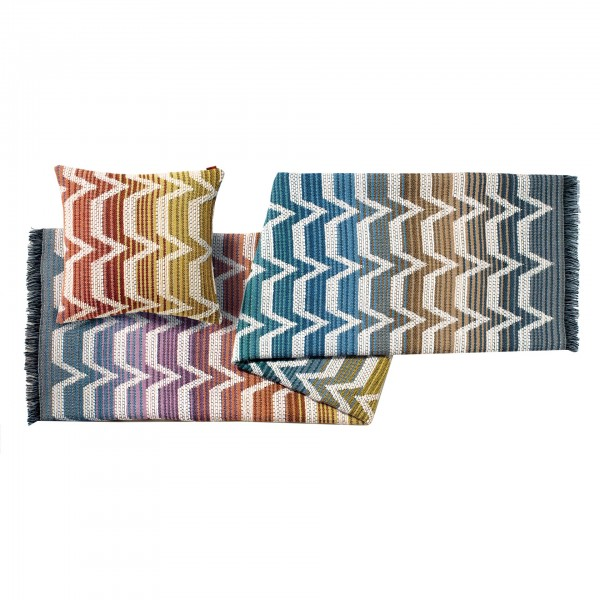 Socrate Throw Blanket and Cushion - Lifestyle