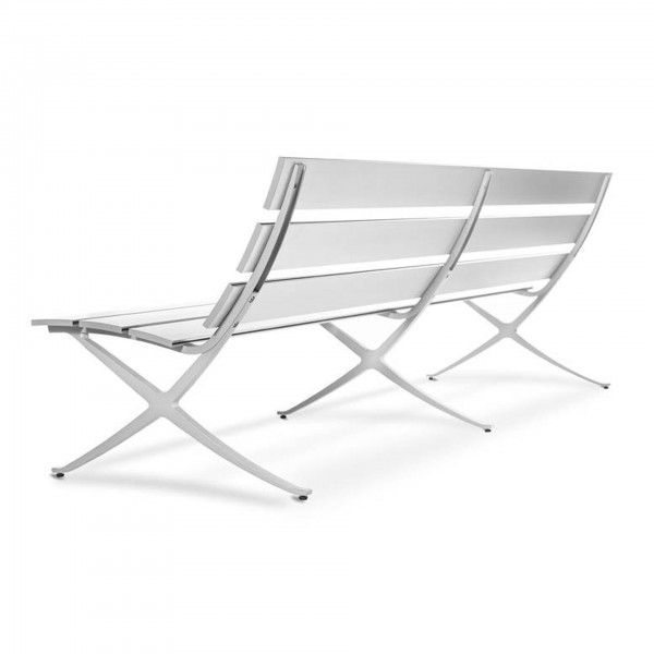 Bench B Outdoor Series - Lifestyle