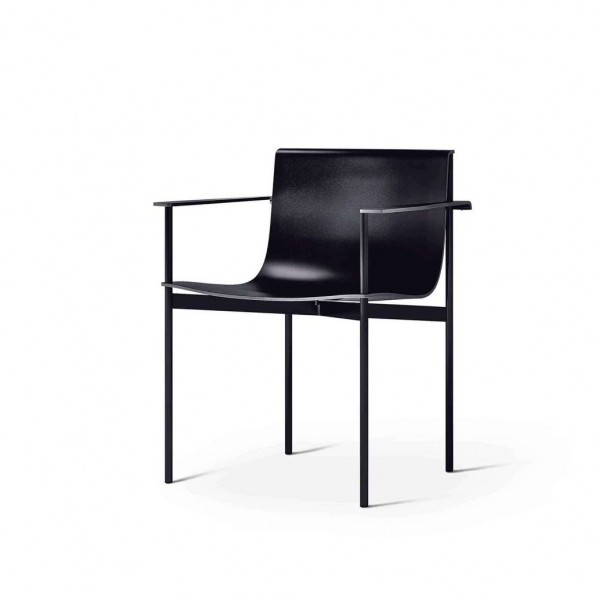 Ombra Chair - Lifestyle