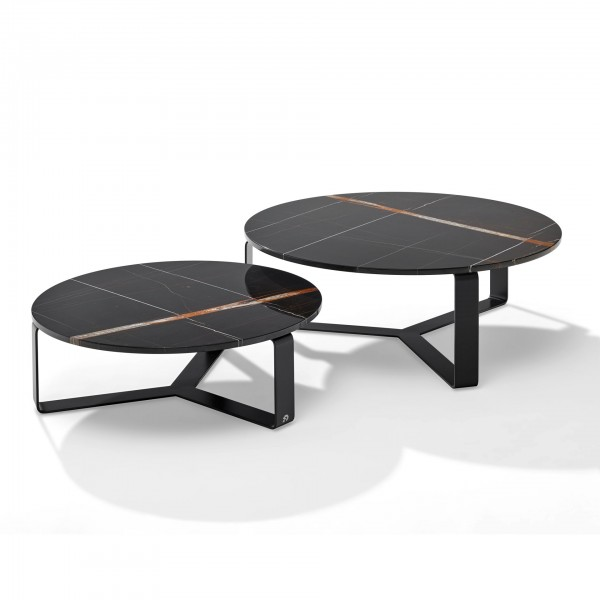 Primus 1062 Coffee and Side Tables - Lifestyle