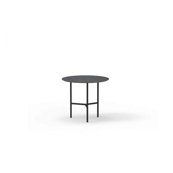 Grada outdoor side table - Lifestyle