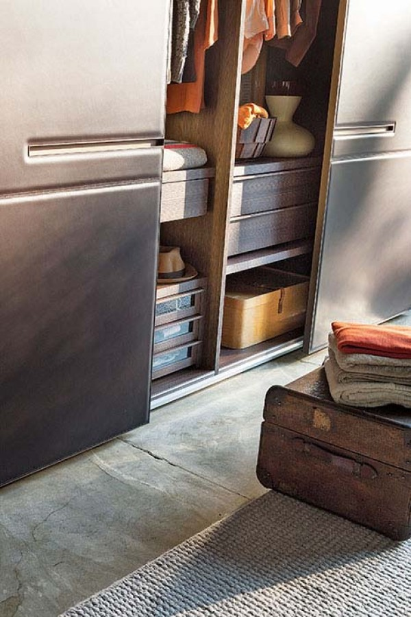 Warm sliding wardrobe - Image 1