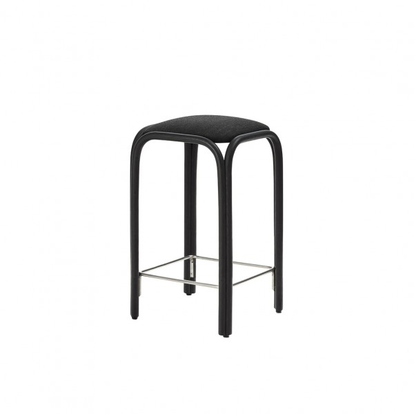 Frontal upholstered barstool - Lifestyle