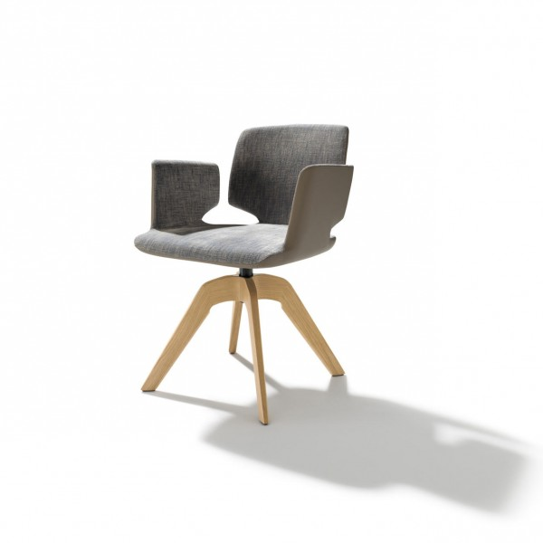 Aye chair with rotary frame - Lifestyle