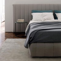Tuyo Head 120 Edition bed