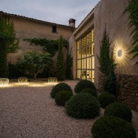 Meridiano outdoor wall light