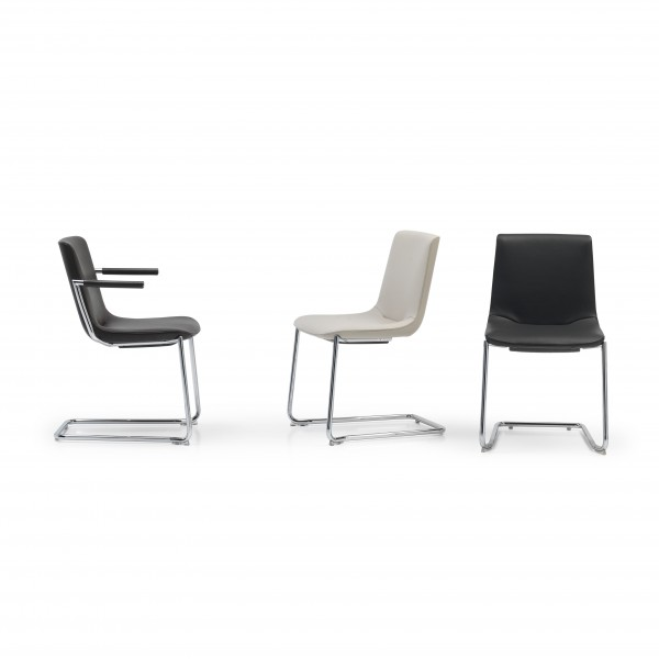 DS-718 chair - Image 1