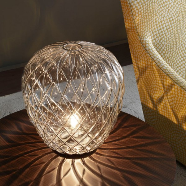 Pinecone table lamp - Image 5