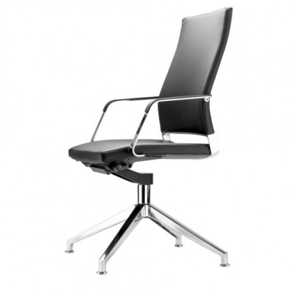 Range S 95 Chair - Image 1
