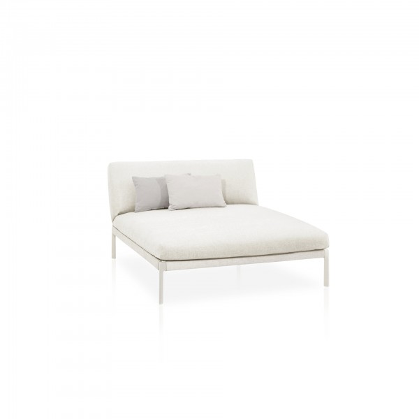 Levit outdoor chaise lounge module - Lifestyle