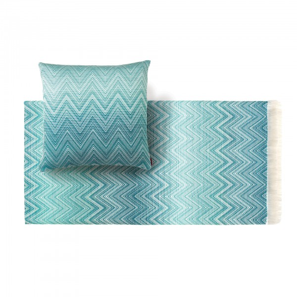 Timmy Throw Blanket and Cushion - Image 5