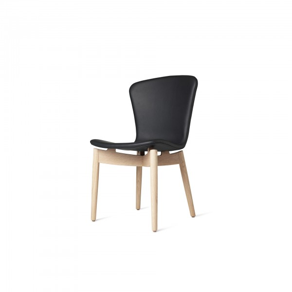 Shell Dining Chair Ultra Black - Lifestyle