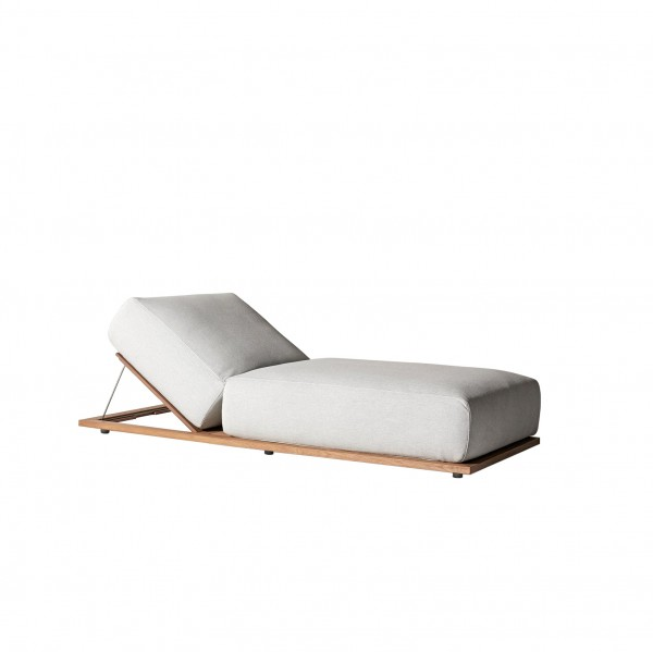 Claud Open Air Lounge Bed - Lifestyle