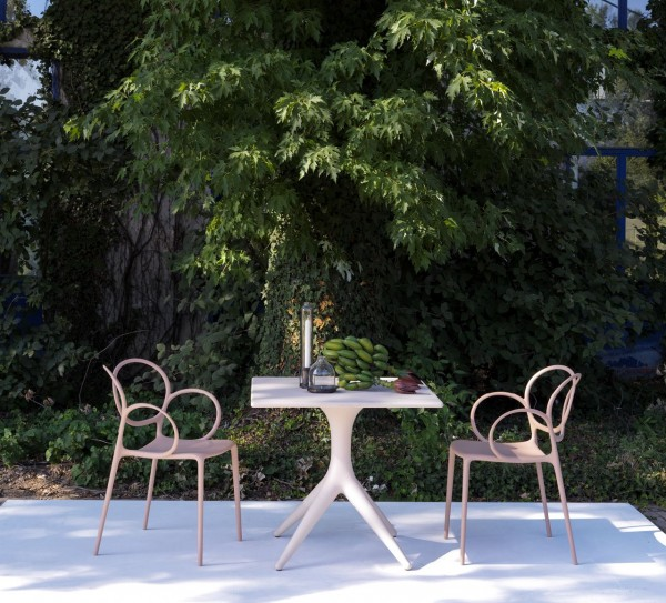 App Outdoor Table - Image 4