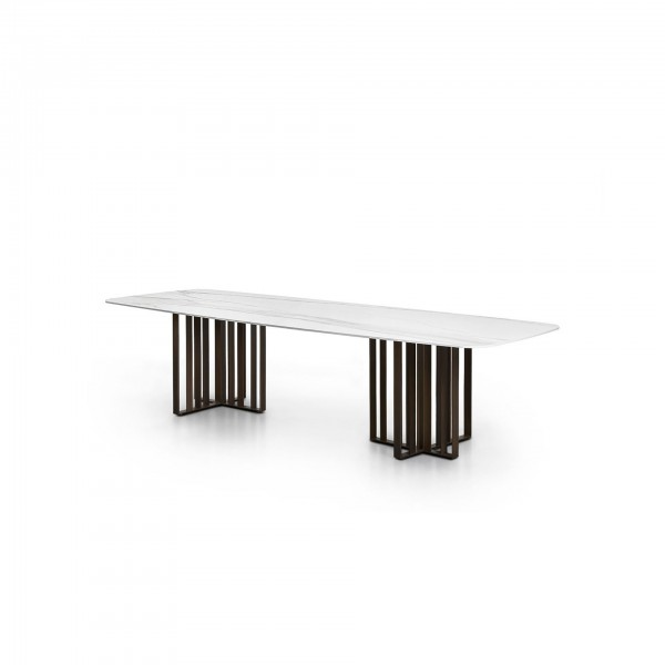 Shade Table - Lifestyle