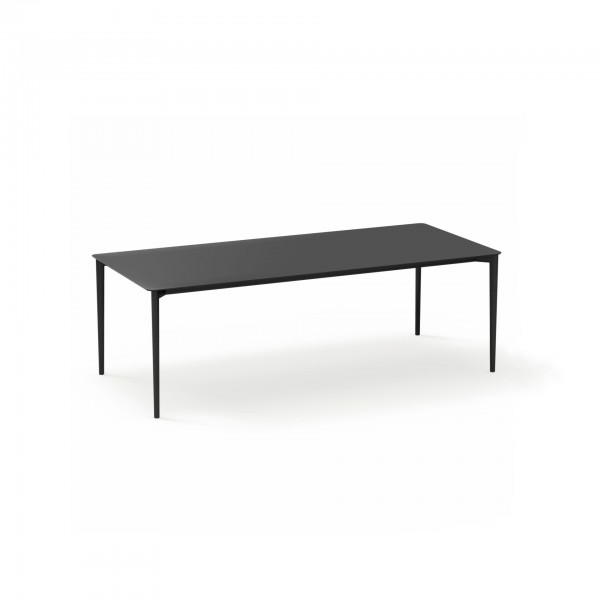 Nude outdoor rectangular dining table - Lifestyle