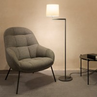 Swing floor lamp