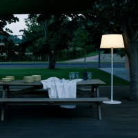 Plis outdoor floor lamp