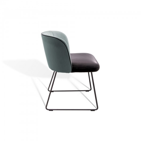 Gaia Line Chair - Image 4