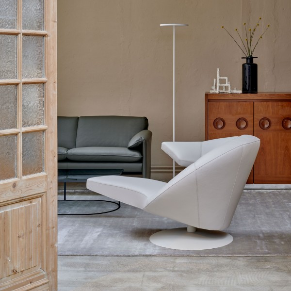 Parabolica Chaise Lounge - Image 4