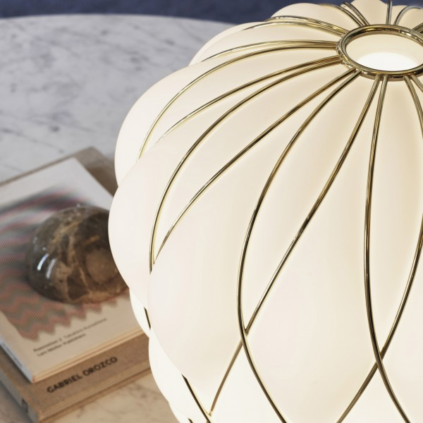Pinecone table lamp - Image 6