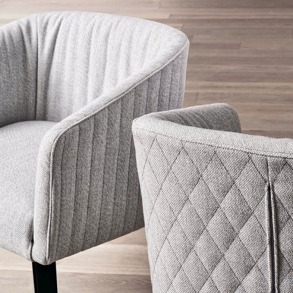 Lolyta Due Chair - Lifestyle