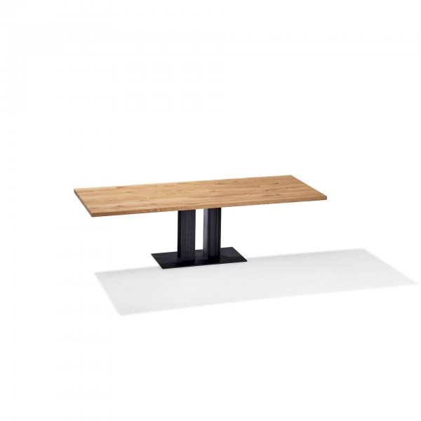 Victor 1470 Table  - Lifestyle
