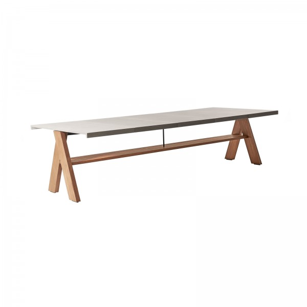 Joi Open Air table - Lifestyle