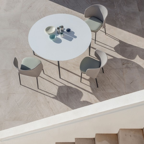 Nude outdoor round dining table - Image 1