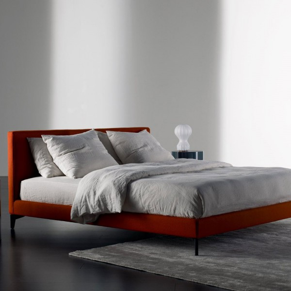 Stone Up bed - Lifestyle