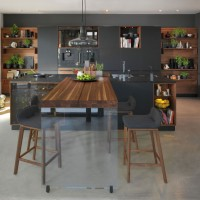 Black Line kitchen