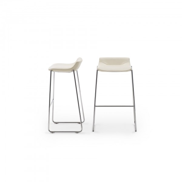 DS-717 stool - Image 1