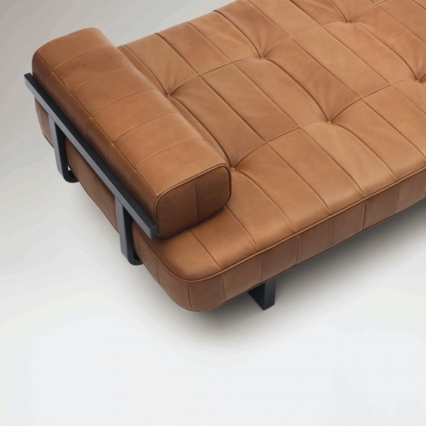DS-80 Day Bed - Image 4