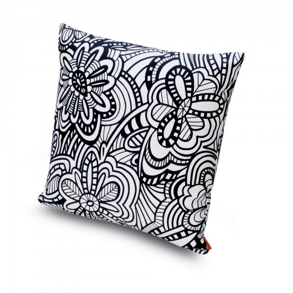 Cartagena Cushion - Lifestyle
