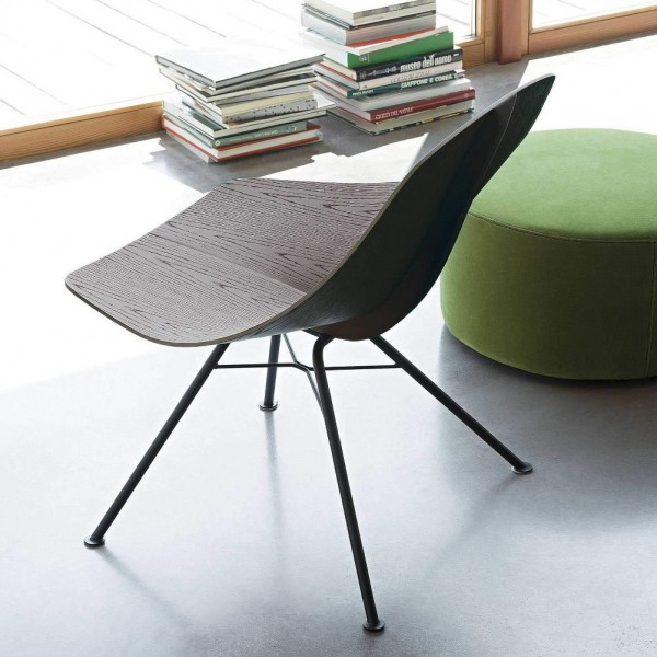 Wing Lounge Chair - Image 1