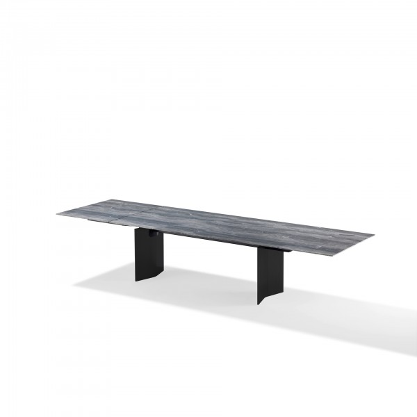 Atlas Magnum Table - Lifestyle