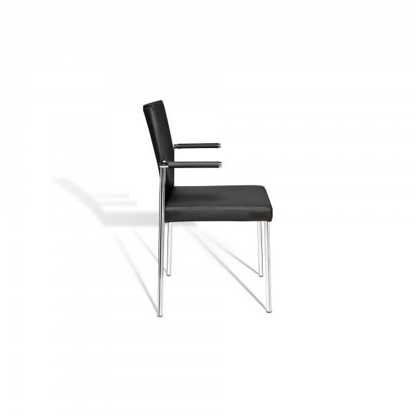 Glooh stackable chair with 4-leg tubular steel frame  - Lifestyle