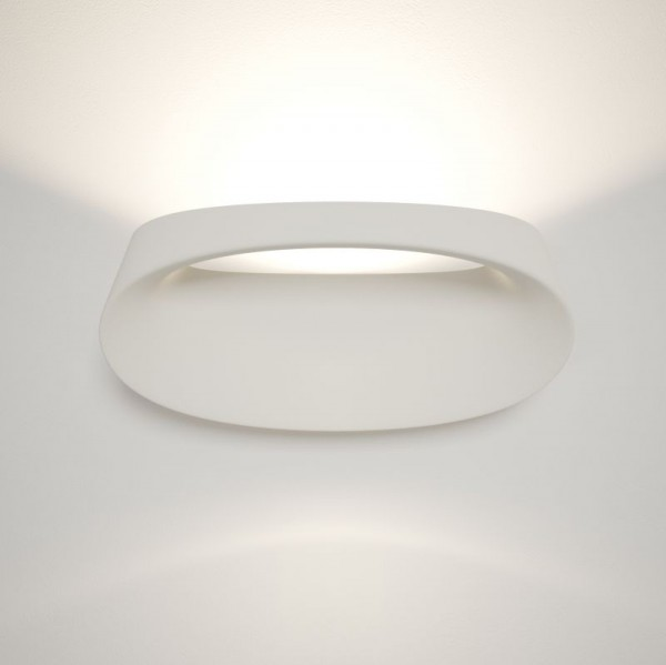 Bonnet wall sconce - Image 1