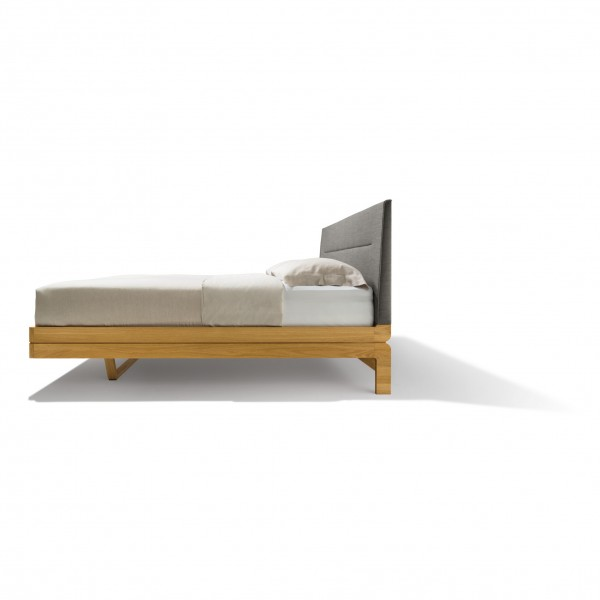Float bed - upholstered headboard - Image 3